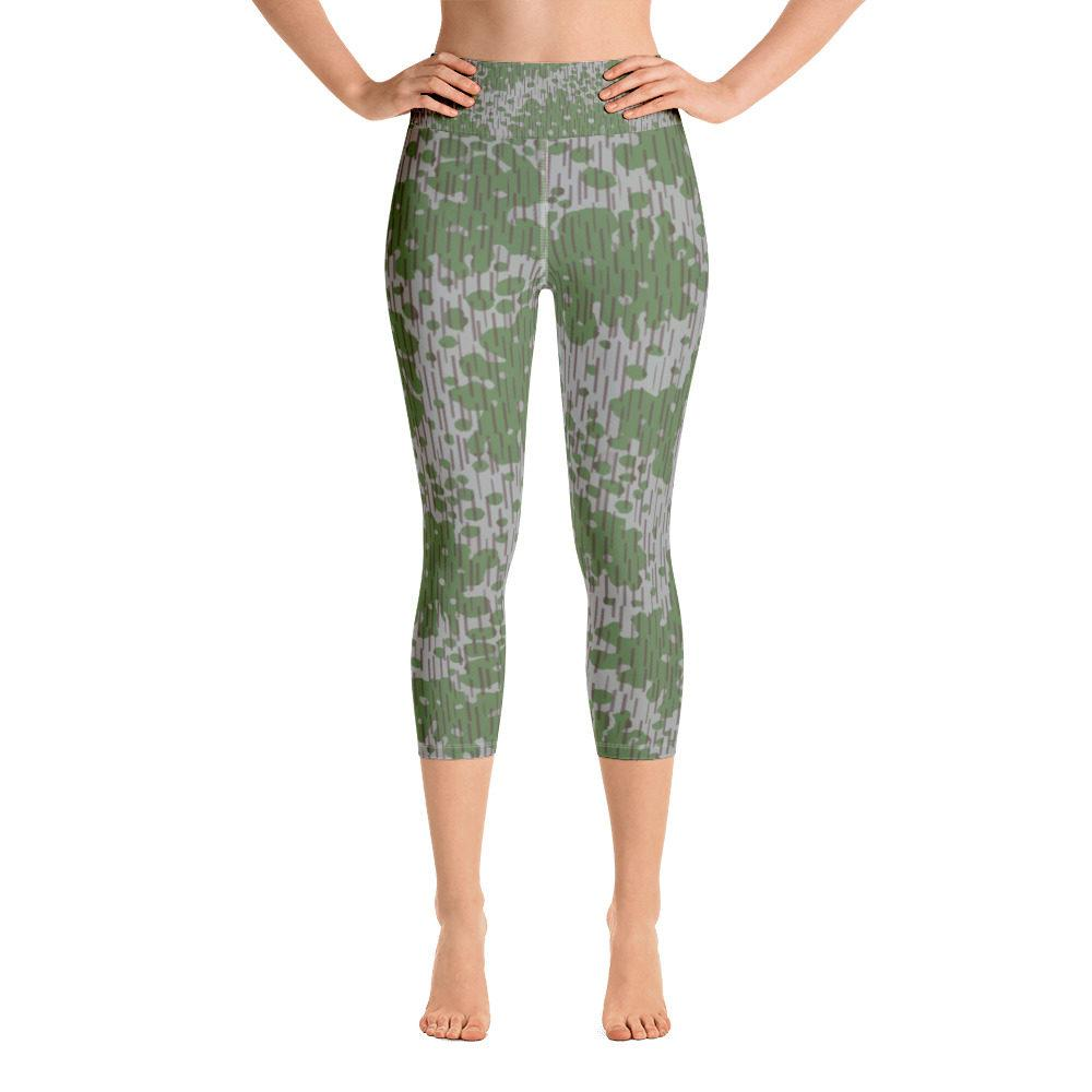 Bulgarian Frogskin 68 Yoga Capri Leggings