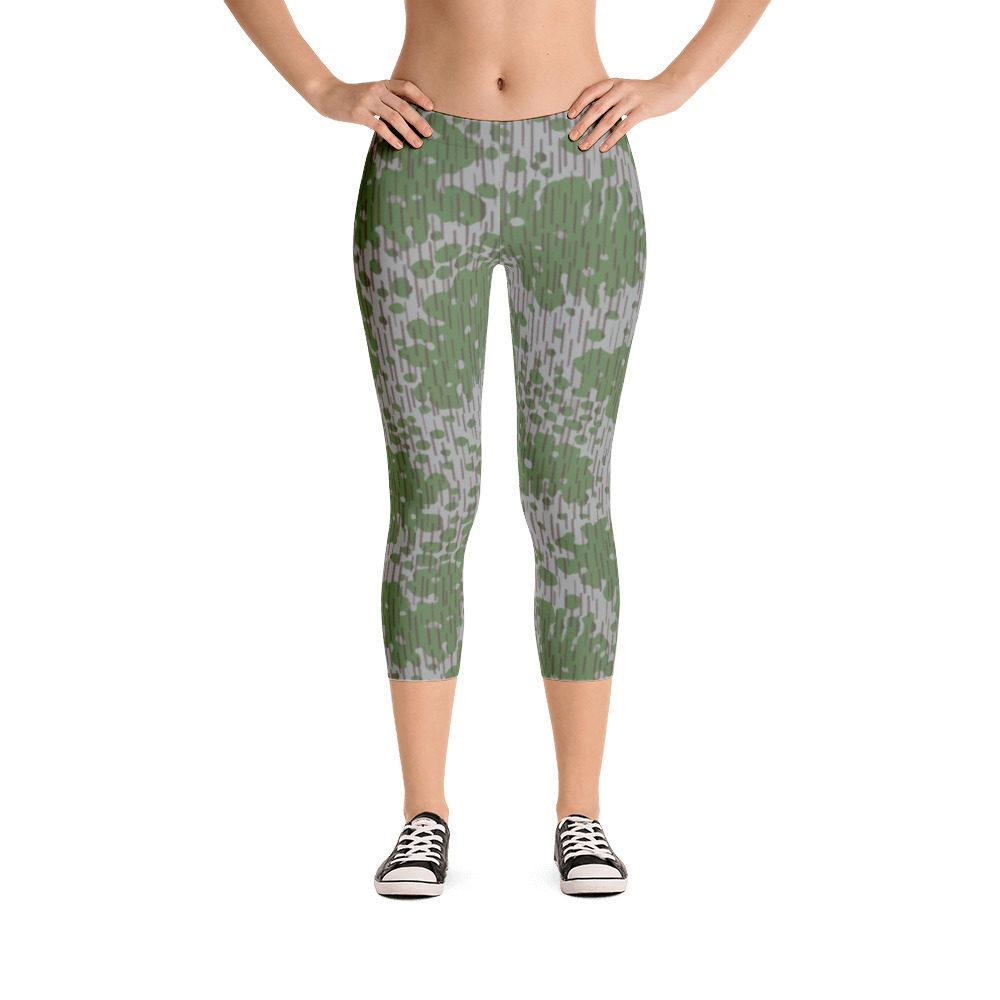 Bulgarian Frogskin 68 Capri Leggings