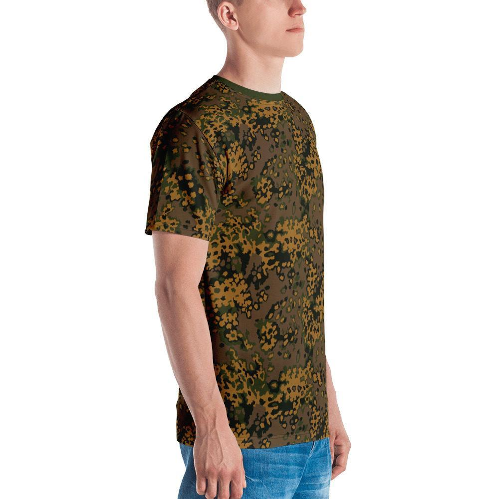 WWII Germany Eichenlaub Fall Camouflage green neck Men's T-shirt
