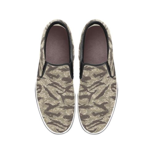 US Desert Tiger Stripes camouflage Men's Classic Slip-On Sneakers .