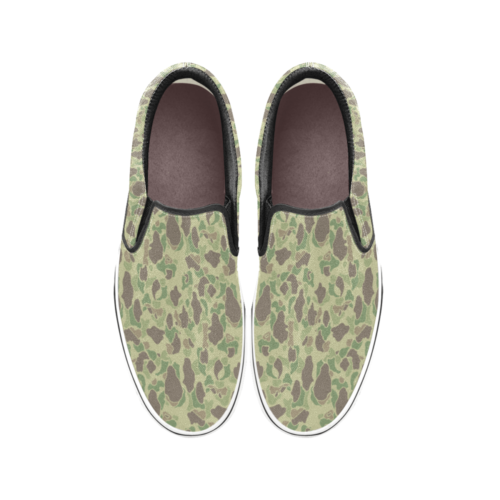 US duck hunter summer camouflage Men's Classic Slip-On Sneakers .