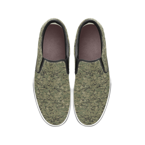 US AOR2 camouflage Men's Classic Slip-On Sneakers .