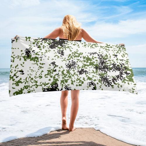 Snow Flecktarn Schneetarn Fleck camouflage Beach Towel
