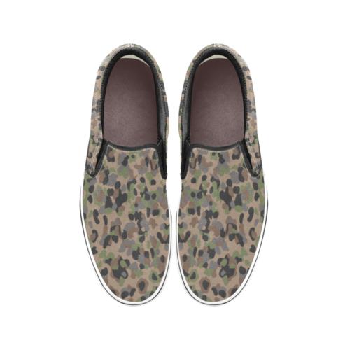 Austrian K4 Kampfanzug 59 camouflage Men's Classic Slip-On Sneakers .