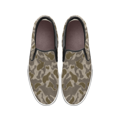 Austrian Sumpfmuster late steintarn  camouflage Men's Classic Slip-On Sneakers .