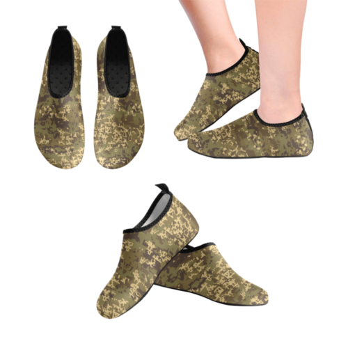 austrian Jagdkommando pixeltarnung temperate camo Men's Slip-On Water Shoes