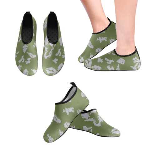 Russian KLMK Berehzka dark green silver leaf Men's Slip-On Water Shoes